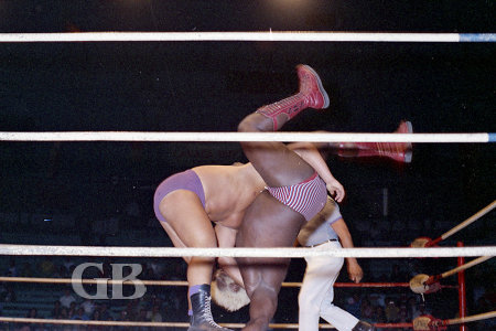 Pat O'Brien body slams Sweet Daddy Siki.
