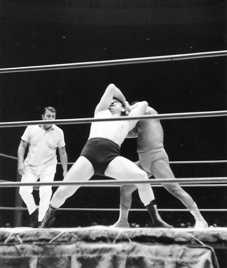 Pedro Morales applies arm bar on Gene Kiniski